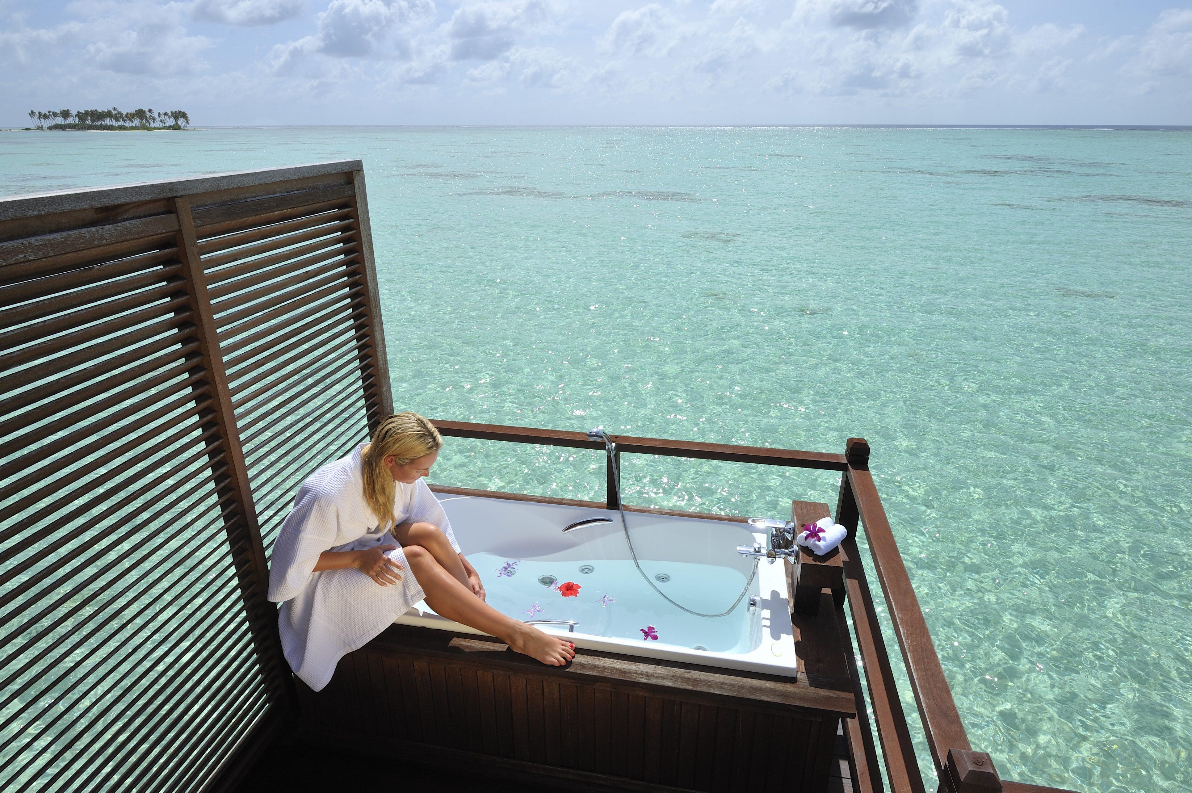 Jakuzzi Water Villa 4 Olhuveli Beach Resort Indulge Maldives ...